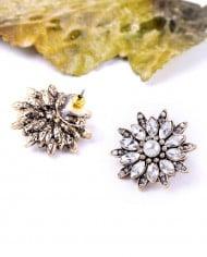 Cercei Nympha floare cu cristale