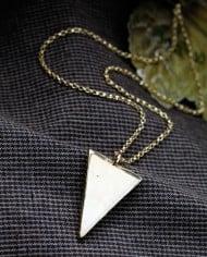 Colier Trade cu piatră bej triunghi