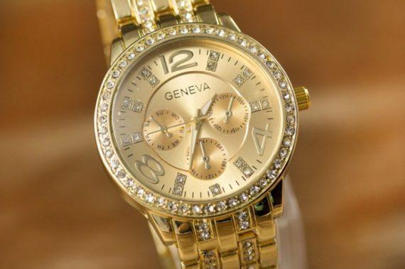 Ceas Geneva cu cristale