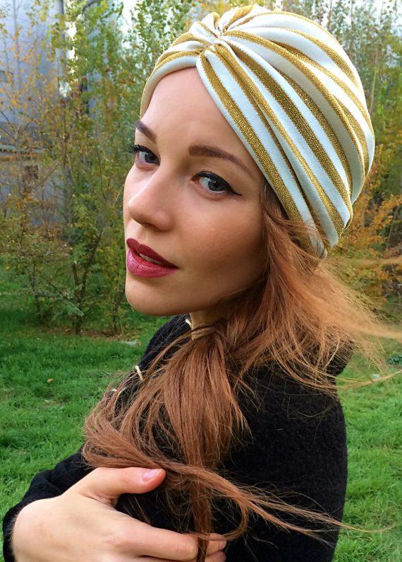 turban gold auriu cu dungi albe 1