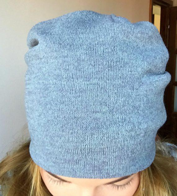 Caciula gri din tricot elastic