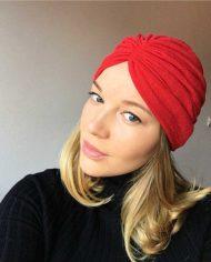 Turban rosu din tricot