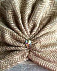 Turban bej din tricot gros