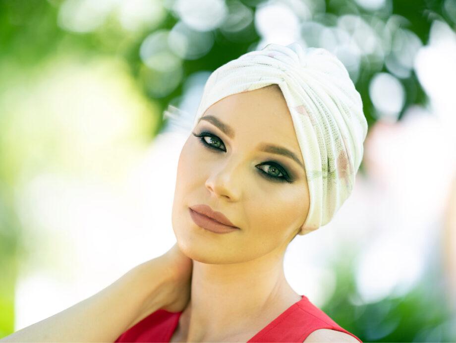 Turban alb aerisit din bumbc