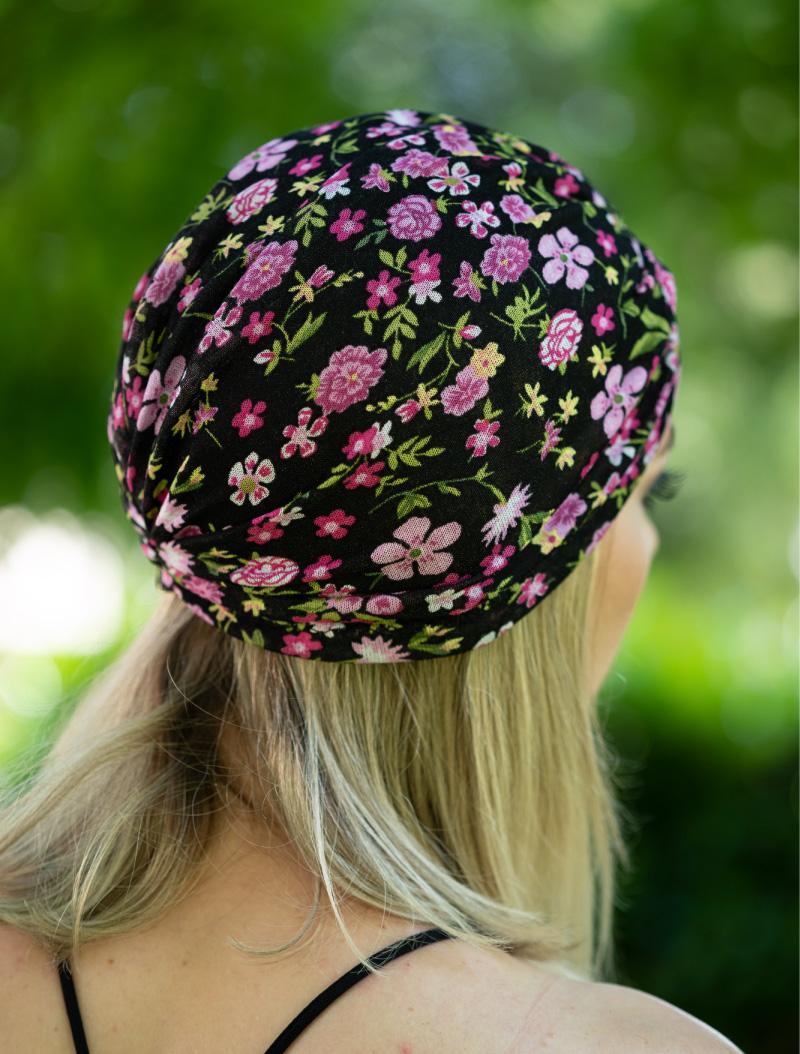 Turban negru cu flori roz subtire